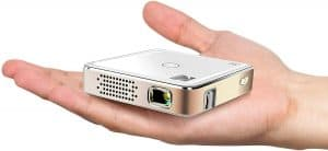 Kodak Luma 75 Full HD Support Pico Projector